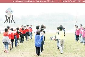Tổ chức teambuilding: Elcom Flashmob- Chocolate Dance